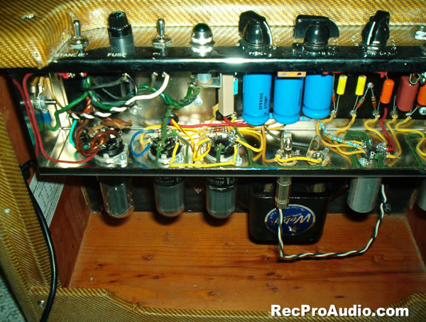 E Chassis Almost Done in addition E Layout Annotated Signal besides Ch  Turretboard Raw moreover Pro Reverb Small together with Deluxe Turretboard Raw. on fender tweed deluxe 5e3 layout