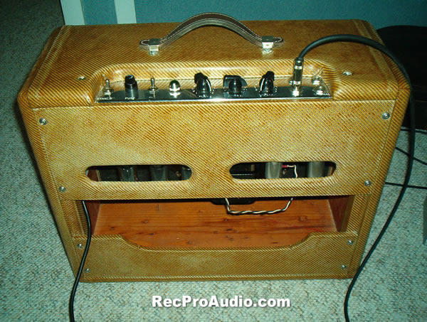 La A Heater Layout as well Fequypki Csefb Medium also Twin Reverb Small moreover Tweed additionally Tweed Deluxe. on fender tweed deluxe 5e3 layout