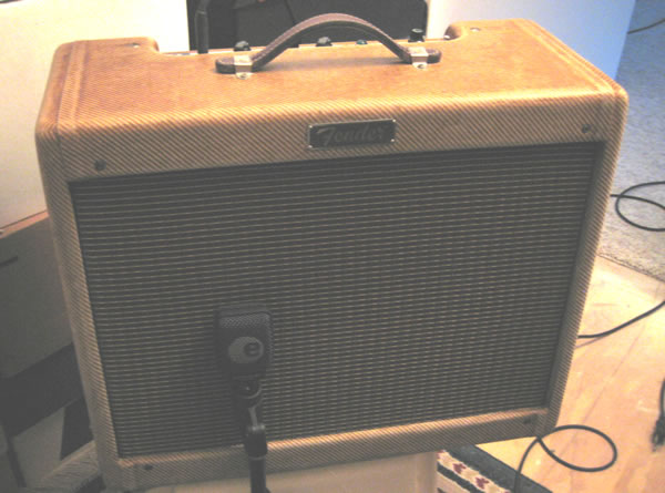 Tweed Deluxe with Sennheiser e906 Microphone